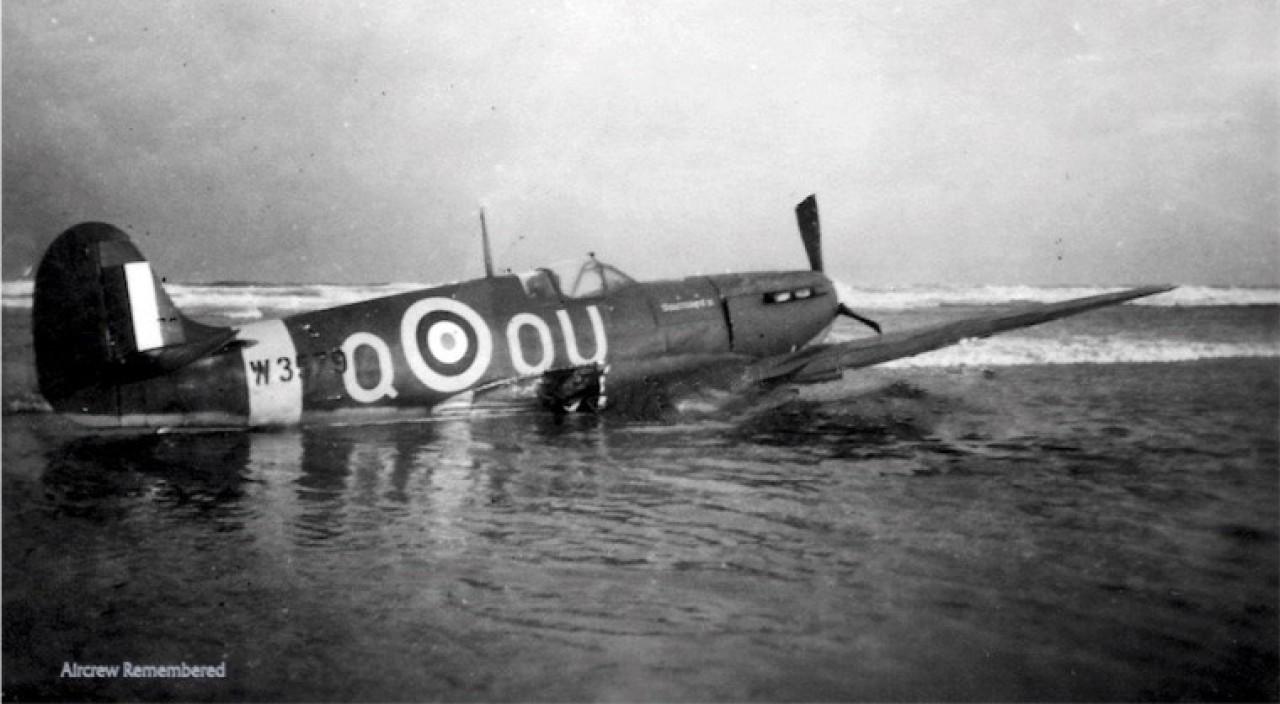 485-squadron-spitfire-w3579-ou-qa-w760