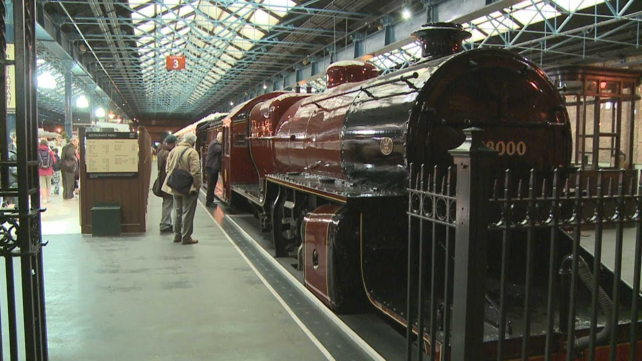 York 3 The Minster and Railway Museum HD